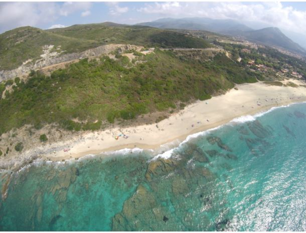 Le maire de Belgodère explique son choix de ne pas rouvrir la plage de Losari