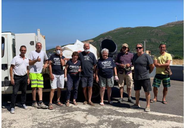 Centuri : 500 kilos de déchets ramassés sur la plage de Mute Mezzana