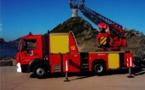 « Les animateurs du débroussaillement de l'OEC main dans la main avec les Sapeurs-Pompiers d'Aiacciu »