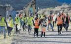 À Peri, les citoyens en action contre les décharges sauvages