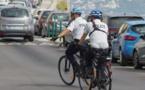 La police nationale sillonne la ville à vélo électrique