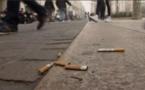 Le fléau des mégots de cigarettes jetés par terre