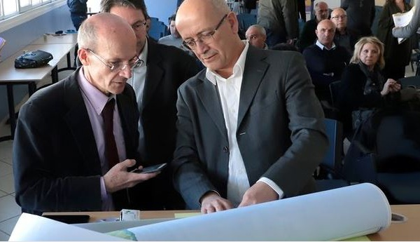 Déchets en Corse : une carte de faisabilité à la table de la réunion de crise