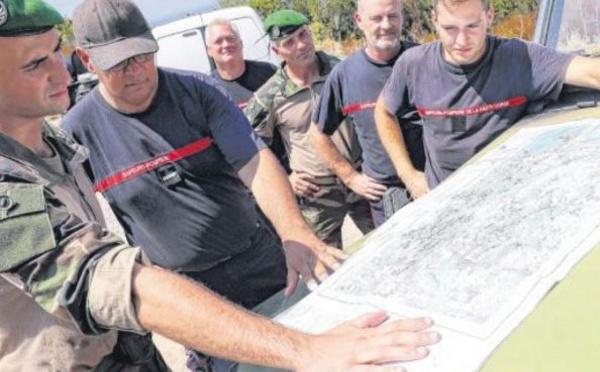 Militaires et pompiers alliés dans la surveillance incendie